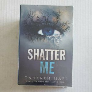 NEW Shatter Me Series Box Set of 3 Books Teen Lit